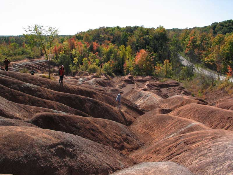 Students visit the Cheltenham Badlands