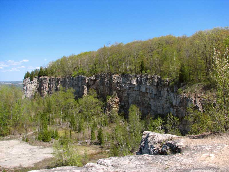 Cliffs of the Niagara Escarpment