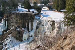 webster-falls-winter